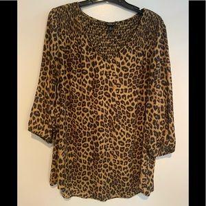 Torrid cheetah print 3/4 sleeve blouse